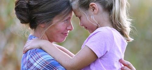 """""""Βοηθώντας το παιδί σας να χτίσει την  αυτοεκτίμησή του."""""""